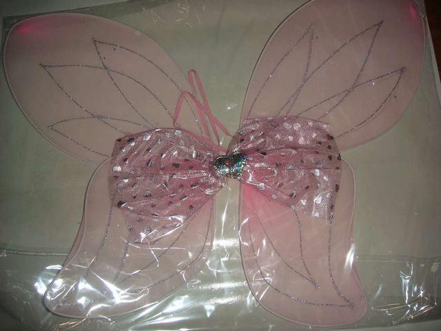 蝴蝶結翅膀
