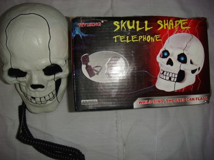 skull shape telephone